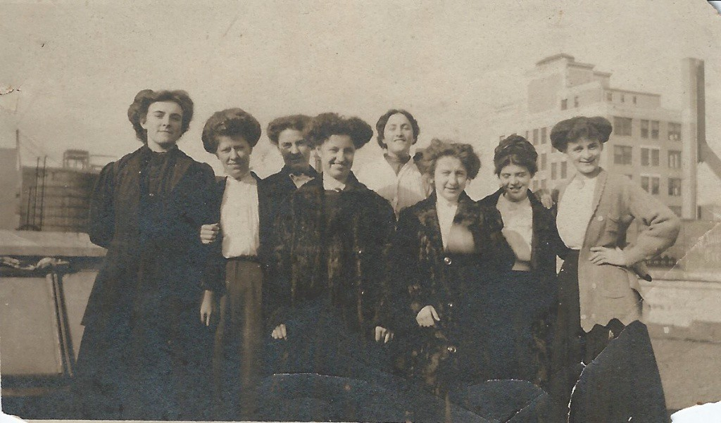 Julia (far right) with friends circa 1915